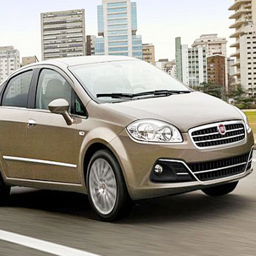 Fiat rolled out facelift Linea!  , fiat launches facelift linea,  fiat linea launches diesel variants,  fiat new linea,  fiat new linea price,  fiat new linea specs,  fiat new linea india