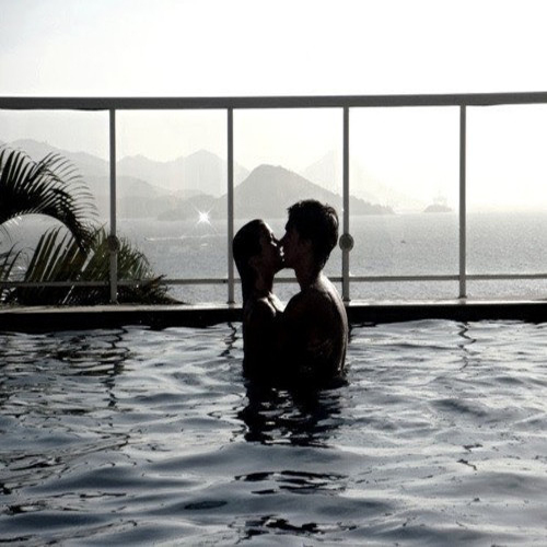 10 TIPS for Love Burning Everyday.. , night at a hotel ,  romance,  romance,  love and sex tips,  sex,  ideas,  romance advice,  sex and romance,  tips,  10 tips,  10 tips for superb sex,  10 tips for romance,  10 tips for bedroom romance,  10 tips for sizzling bedroom chemistry,  10 tips for best sex