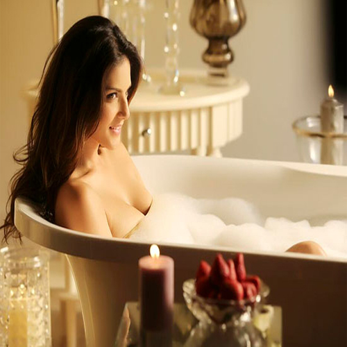 FACTS That You Don't Know Abt RAGINI MMS 2.. Slide 2