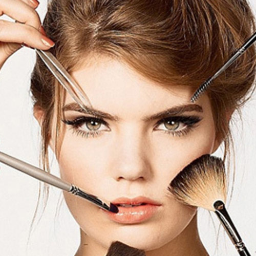 10 Beauty Mistakes That Leads to Aging, 10 beauty mistakes that leads to aging,  beauty tips,  thick makeup, shimmery eye shadow and heavy concealer, face powder,  dark lip color,  lipstick from the tube, over tweezing eyebrows, making eyebrows too dark, avoid black eyeliner,  mascara on lower lashes,   blush strokes,  how to know your skin is aging,  symptoms of skin aging,  reasons of skin aging,  time to know your skin is agings,  demerits of make-up,  why not to wear make-up,  make-up leads to skin aging,  ways make-up can spoil your skin,  how make-up can spoil your skin,  skin prevention,  demerits of foundation,  demerits of eye make-up,  disadvantages of make-up