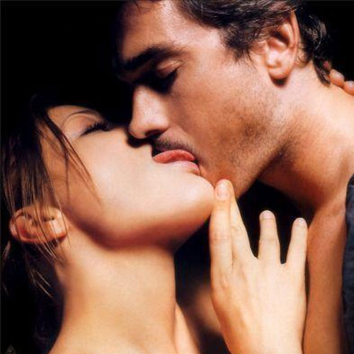 10 Curious facts about Kissing  , 10 curious facts about kissing,  general articles,  articles,  kiss,  how to kiss,  hidden facts about kiss,  love week,  happy kiss day,  kiss day,  valentines day,  how to kiss on valentines day