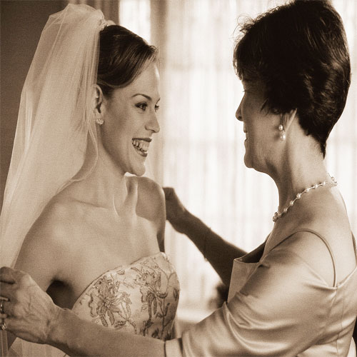 10 thing a mother of a bride-to-be should say!  , bride-to-be,  marriage,  family,  relationship