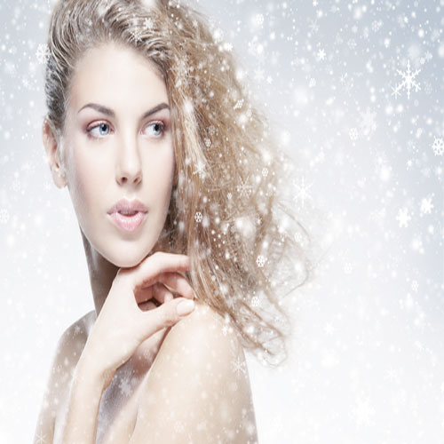 10 tips to keep your Skin Moisturized in Winter !, getting rid of dry skin,  dry skin,  dry skin care,   soothe your skin,  skin,  topical products,  products skin care,  moisturize,  change your products ,  avoid excessive bathing,  limit or reduce treatment products for your skin,  keep moisturizer nearby,  vaseline,  vaseline,  vaseline,  don't over-exfoliate,   relieve itchy skin, don't wash with water that's too hot,  hot water,  skin moisturized in winter,  winter skin care,  dry skin care in winters