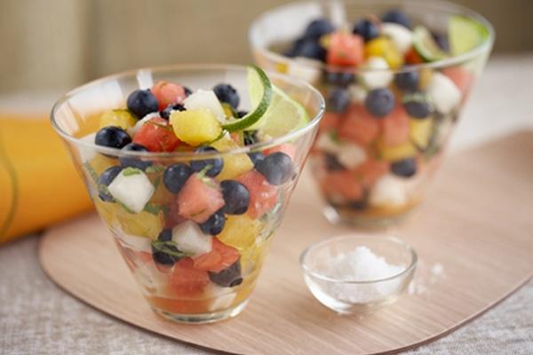 Blueberry Peach Fruit Salad