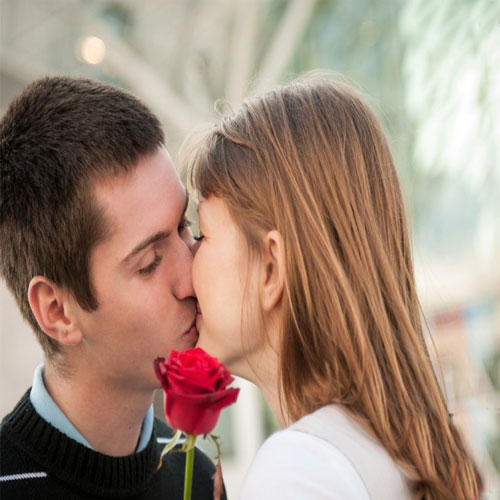 Learn how to be a good kisser