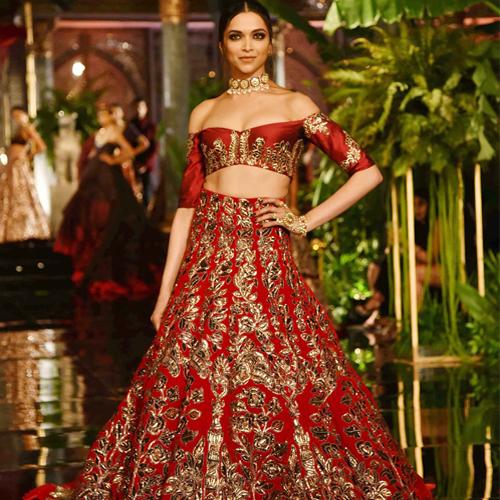 Deepika Padukone becomes world's top10th paid actress, deepika padukone becomes world top10th paid actress,  deepika padukone is world 10th highest paid actress,  bollywood and hollywood actress deepika padukone,  bollywood news,  bollywood gossip,  ifairer