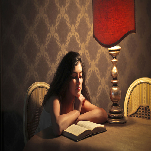 Why reading a good book is important before going to bed, why reading a good book is important before going to bed,  why to read a good books,  benefits of regular reading,  how reading books is beneficial for health,  health benefits of book reading every night,  know why to read good books before sleep,  ifairer
