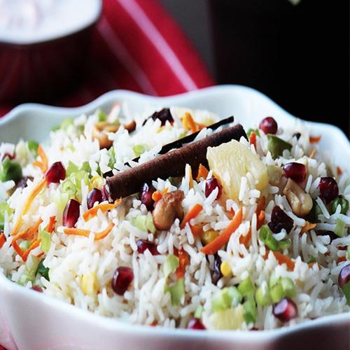 Make delicious Kashmiri Pulao at home