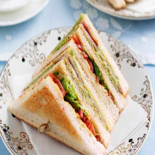How to make delicious and healthy Club sandwiches at home , how to make delicious and healthy club sandwiches at home,  club sandwich recipe,  learn to make club sandwiches at home,  vegetable club sandwich recipe,   ifairer