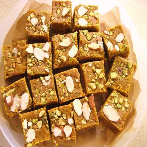 Make Gujarati delight Mohanthal at home, make gujarati delight mohanthal at home,  make mohanthal at home,  how to make mohanthal at home,  mohanthal recipe,  homemade sweets recipe,  recipe to make mohanthal at home,  ifairer
