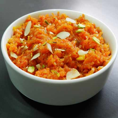 3 recipes to cook winter delight Gajar Ka Halwa , 3 recipes to cook winter delight gajar ka halwa,  gajar ka halwa recipe,  how to gajar ka halwa with khoya,  how to gajar ka halwa with milk,  how to gajar ka halwa with milkmaid,  learn to cook gajar ka halwa easily in cooker,  winter dessert,  ,  ifairer