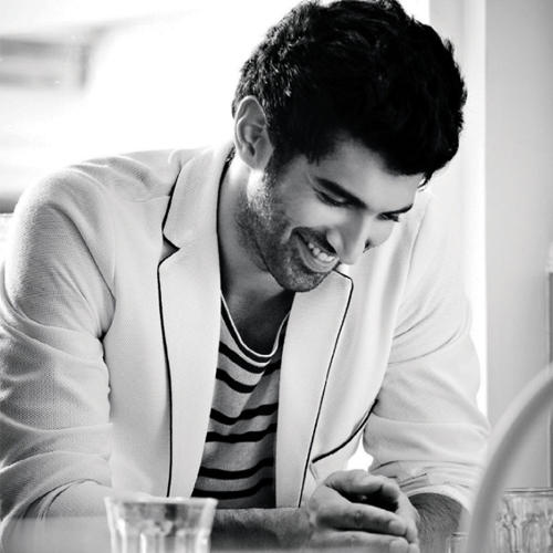 10 Things about most handsome actor Aditya Roy Kapur , things about most handsome actor aditya roy kapur,  interesting facts about aditya roy kapur,   unknown facts about aditya roy kapur,  lesser known facts about aditya roy kapur,  happy birthday aditya roy kapur,  bollywood news,  bollywood gossip,  ifairer
