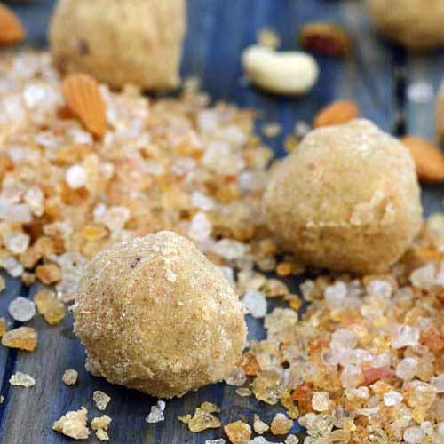 Learn to make Gond ke ladoo easily at home , learn to make gond ke ladoo easily at home,  gond ke ladoo recipe,  how to make gond ke ladoo,  winter dessert,  types of ladoos,  ifairer