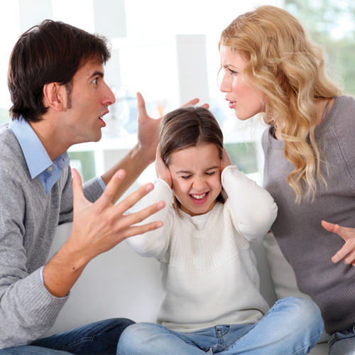 Vastu Remedies to End Family Disputes, vastu remedies to end family disputes,  vastu tips for family tensions,  vastu and domestic happiness,  vastu tips for happy family,  vastu tips,  decor,  ifairer
