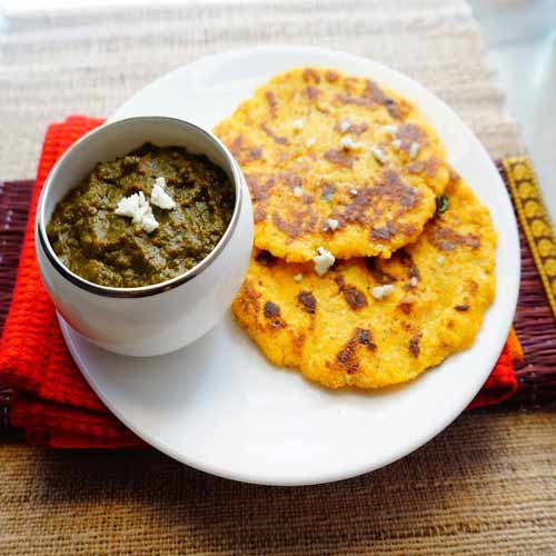 Know how to cook Makki ki roti and Sarson ka saag in your kitchen