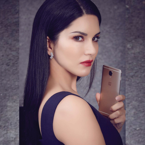 Sunny Leone excited to launch her solo Mobile App , sunny leone excited to launch her solo mobile app,  sunny leone to launch her mobile app,  sunny leone new mobile app,  mobile app launch by sunny leone,  technology,  ifairer