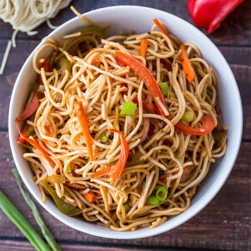 Make restaurant style Hakka Noodles at home , make restaurant style hakka noodles at home,  how to make hakka noodles at home,  recipe of hakka noodles,  easy recipe to cook hakka noodles at home,   ifairer