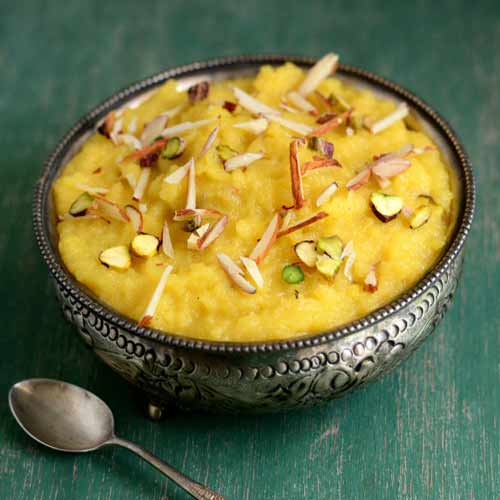 Delight of winters: Moong dal ka halwa recipe, moong dal ka halwa recipe,  how to make moong dal ka halwa,  list of sweet dishes to make in winters,  know how to make moong dal ka halwa in kitchen,  recipe to make moong dal ka halwa,  ifairer
