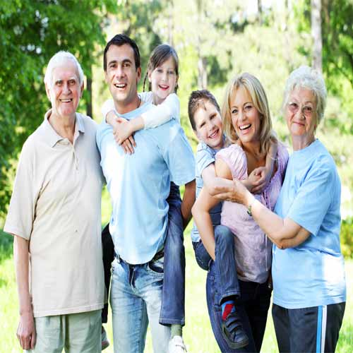 Tips to bring family members closer even in busy schedule , tips to bring family members closer even in busy schedule,  how to bring family members closer even in busy schedule, how  to spend time with family members even in busy schedule,  tips for happy families,  try these ways to bring family members closer. ifairer