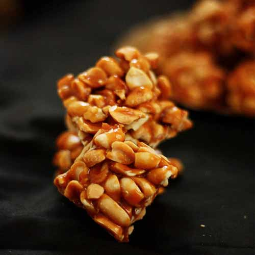Learn to cook Winter's Delight Peanut Chikki at home, learn to cook winter delight peanut chikki at home,  how to cook peanut chikki at home,  learn to cook peanut chikki,  recipe of peanut chikki,  know to make peanut chikki,  ifairer