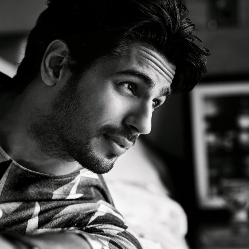 11 Facts about Most Desirable Men Sidharth Malhotra, 11 facts about most desirable men sidharth malhotra,  interesting facts about sidharth malhotra,  unknown  facts about sidharth malhotra,  birthday special sidharth malhotra,  bollywood news,  bollywood gossip,  ifairer
