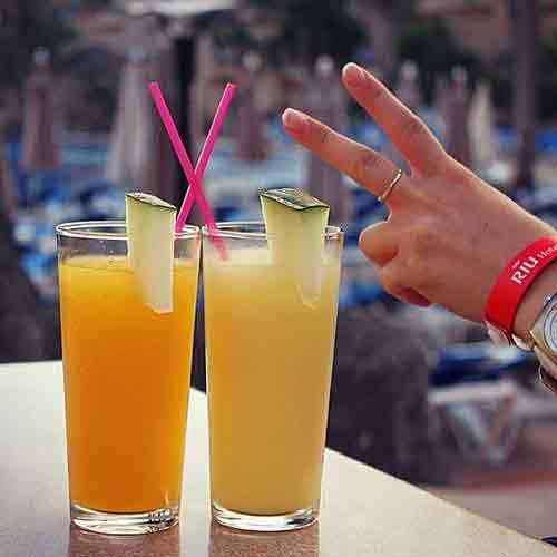 Hotels that serve Delicious Welcome Drinks, hotels that serve delicious welcome drinks,  check out hotels that offers welcome drinks,  name the hotels that offer welcome drinks,  know the hotels that welcome guest with drinks,  ifairer