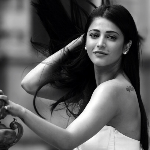 8 Virtues about the most captivating Shruti Hassan, 8 virtues about the most captivating shruti hassan,  unknown facts about shruti hassan,  interesting facts about shruti hassan,  lesser known acts about shruti hassan,  shruti hassan birthday special,  bollywood news,  bollywood gossip