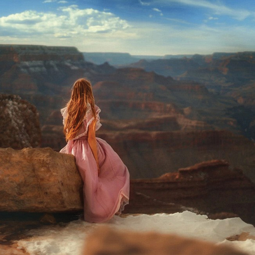 Photographer captures his GF in earth`s most mesmerizing places, photographer captures his gf in earth`s most mesmerizing places,  inspiring relationship goals in unspoiled frontiers,  photographer travels the world capturing his girlfriend,  travel,  ifairer