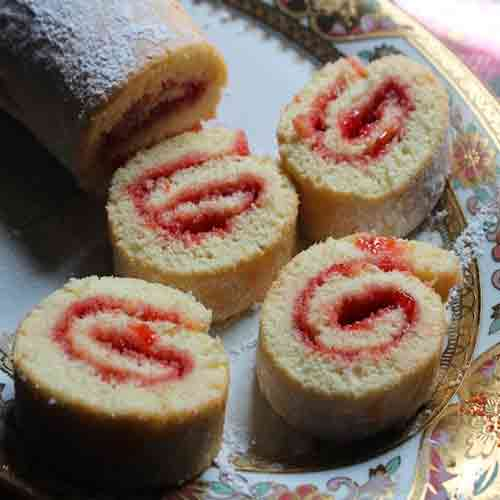 Valentine Special: Jam Rolls recipe, valentine day,  valentine day special recipe,  valentine week,  valentine week 2019, valentine special dessert,  jam rolls recipe,  how to make jam rolls,  check out this easy recipe for jam rolls,  dessert recipe,  ifairer