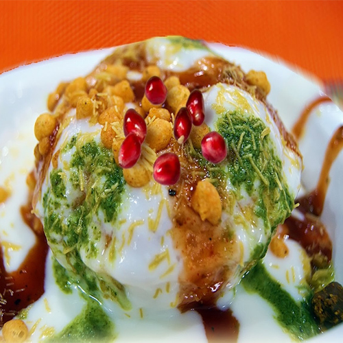 Easy snack: Yummy Raj Kachori