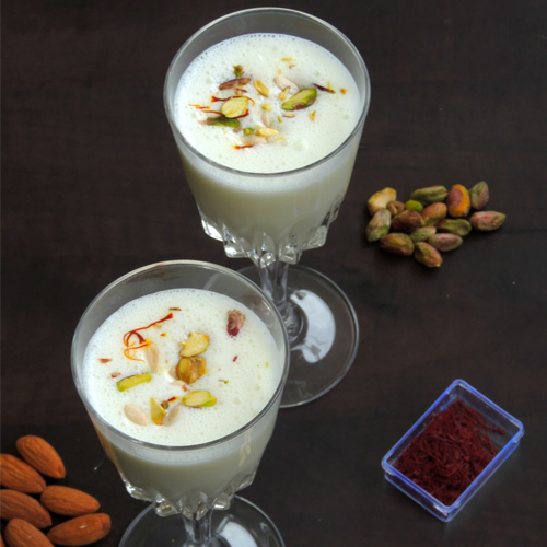 how to make lassi drink