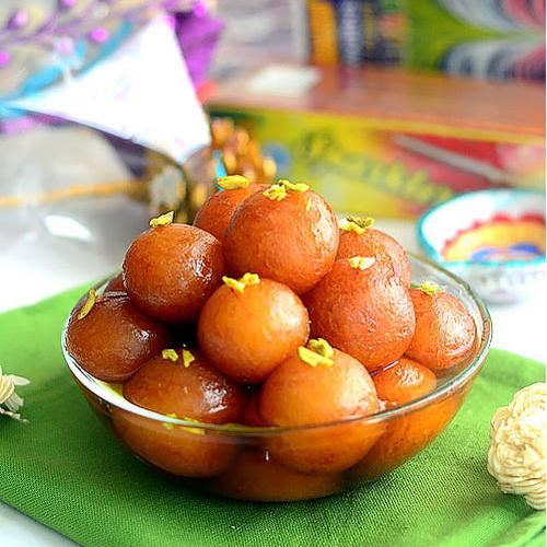 Recipe to cook Delicious Gulab Jamun    , recipe to cook delicious gulab jamun,  how to make delicious gulab jamun,  follow this recipe to cook gulab jamun,  recipe for making gulab jamun,  dessert recipe,  gulab jamun recipe,  ifairer
