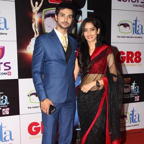 Is Shakti Arora and Neha Saxena BREAK UP!