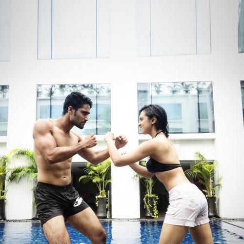 Sanam johar and abigail dating divas