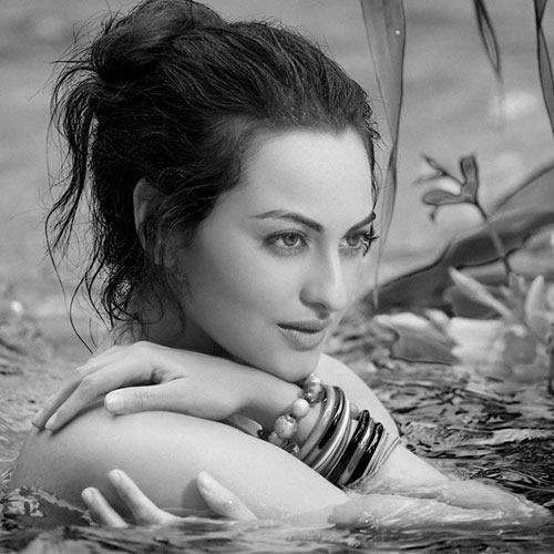 15 Lesser known facts about Sonakshi, bollywood actress sonakshi sinha,  b`day:15 lesser known facts about sonakshi sinha,  interesting facts about sonakshi sinha,  unknown facts about sonakshi sinha,   rare facts about sonakshi sinha,  things to know about sonakshi sinha,  bollywood news,  bollywood gossip,  ifairer