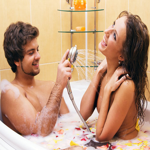 15 Romantic Things To Do On Valentine's Day, valentine day,  valentine day special,  valentine week,  valentine week 2019,  relationship tips,  relationship advice,  relationship,  love,  romance,  valentines day,  romantic things to do on valentines day,  romantic things,  ifairer
