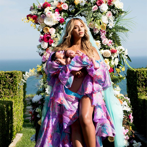 First pics of Beyonce's twins Sir Carter and Rumi are out, first pics of beyonce twins sir carter and rumi are out,  beyonce shares first glimpse of her twins sir carter and rumi as they turn one month old,  beyonce,  hollywood news,  hollywood gossip,  ifairer