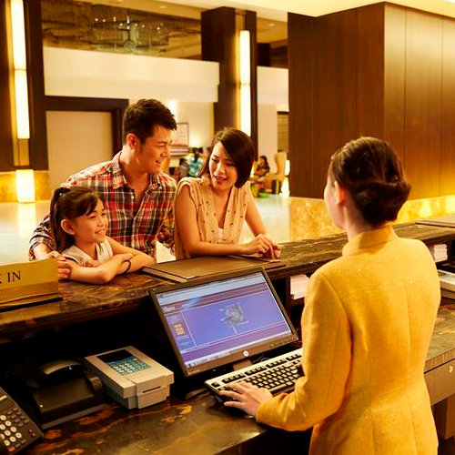 Things to consider before booking hotel, 5 things to consider before booking hotel,  what to look before booking hotel,  how to choose a right hotel,  additional things to consider before booking hotel,  ifairer