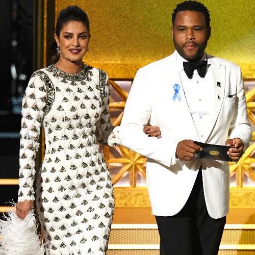 Is Priyanka Chopra promote Swach Bharat Abhiyaan at 2017 Emmys, is priyanka chopra promote swach bharat abhiyaan at 2017 emmys,   2017 emmys red carpet,  priyanka chopra,  bollywood news,  bollywood gossip,  ifairer
