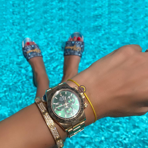 Choosing the right watch for your outfit, choosing the right watch for your outfit,  gorgeous watches for women,  buy watches for women,  match watch with outfits,  fashion accessories,  fashion tips,  ifairer
