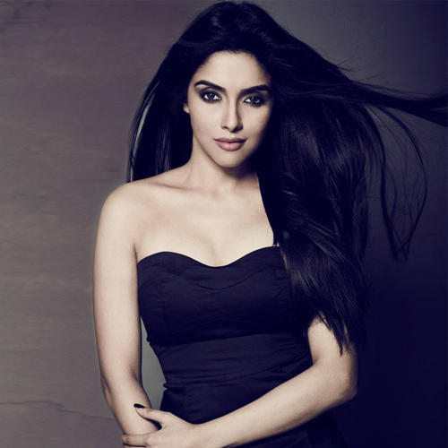 Things to know about Bollywood's gorgeous lady Asin, things to know about bollywood gorgeous lady asin,  unknown facts about asin thottumkal,  interesting facts about asin,  lesser known facts about asin thottumkal,  happy birthday asin thottumkal,  bollywood news,  bollywood gossip,  ifairer