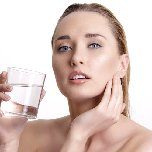 Water to stay beautiful in the every season, benefits of drinking water,  beauty benefits of drinking water,  beauty effects of drinking water,  health and beauty care tips,  ifairer