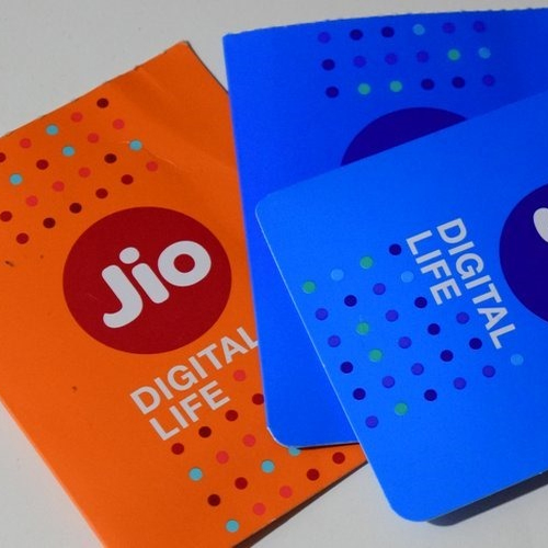 Jio, Airtel, BSNL, Idea, Vodafone: Check out best offers with 1GB data per day, unlimited calling, jio,  airtel,  bsnl,  idea,  vodafone: check out best offers with 1gb data per day,  unlimited calling,  best plans available today,  gadgets,  new offers,  ifairer