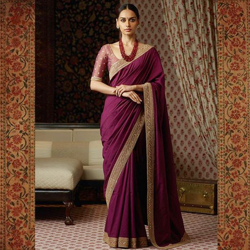 Manushi Chhillar looks like a muse in Sabyasachi saris, manushi chhillar looks like a muse in sabyasachi saris,  manushi chhillar in sabyasachi saris,  sabyasachi collection,  manushi chhillar,  fashion trends 2017,  latest fashion trends,  #ootd,  ifairer