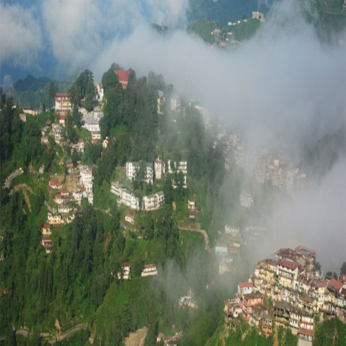 Famous hill stations in India , famous hill stations in india you must visit,  hill stations,  india,  destinations,  travel,  visiting places,  ifairer