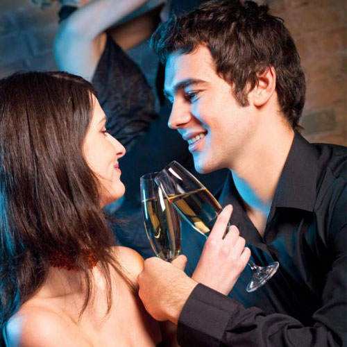 Tricky ways to approach a girl you don't know and impress her , tricky ways to approach a girl you dont know and impress her,  secrets to impress a strange girl,  dating tips,  relationships tips,  ifairer