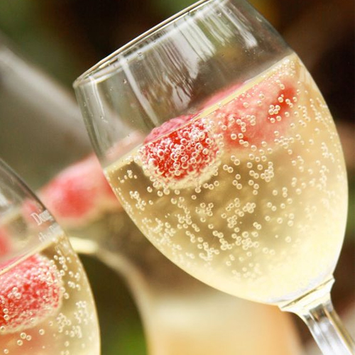 Recipe: How to make Mock champagne at home
