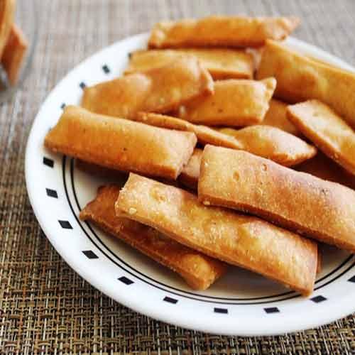 Kutu Namakpare recipe, kutu namakpare recipe,  how to make kutu namakpare,  recipe for kutu namakpare,  fast recipe,  vrat recipe,  main course,  ifairer