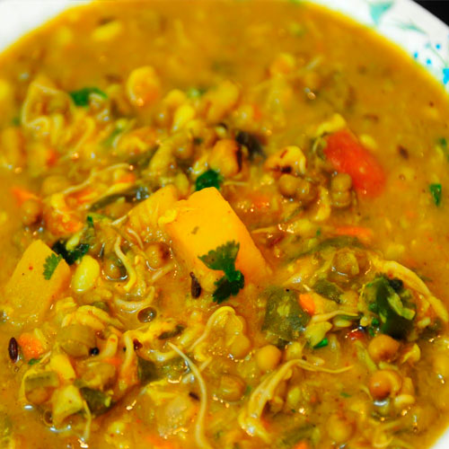 How to make sprouts curry at home , how to make sprouts curry at home,  sprouts curry,  summer recipe,  main course,  ifairer