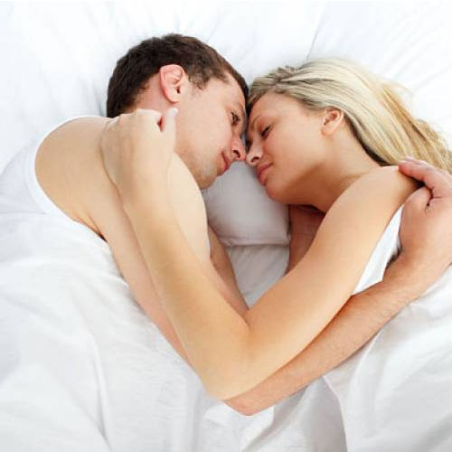What your sleep position says about your relationship: Here's to know , what your sleep position says about your relationship,  here to know,  common sleeping positions of couples and what they reveal about their relationships,  what your sleep position says about your relationship,  sleeping position,  what your sleeping habits say about your relationship,  love & romance,  relationship tips,  ifairer